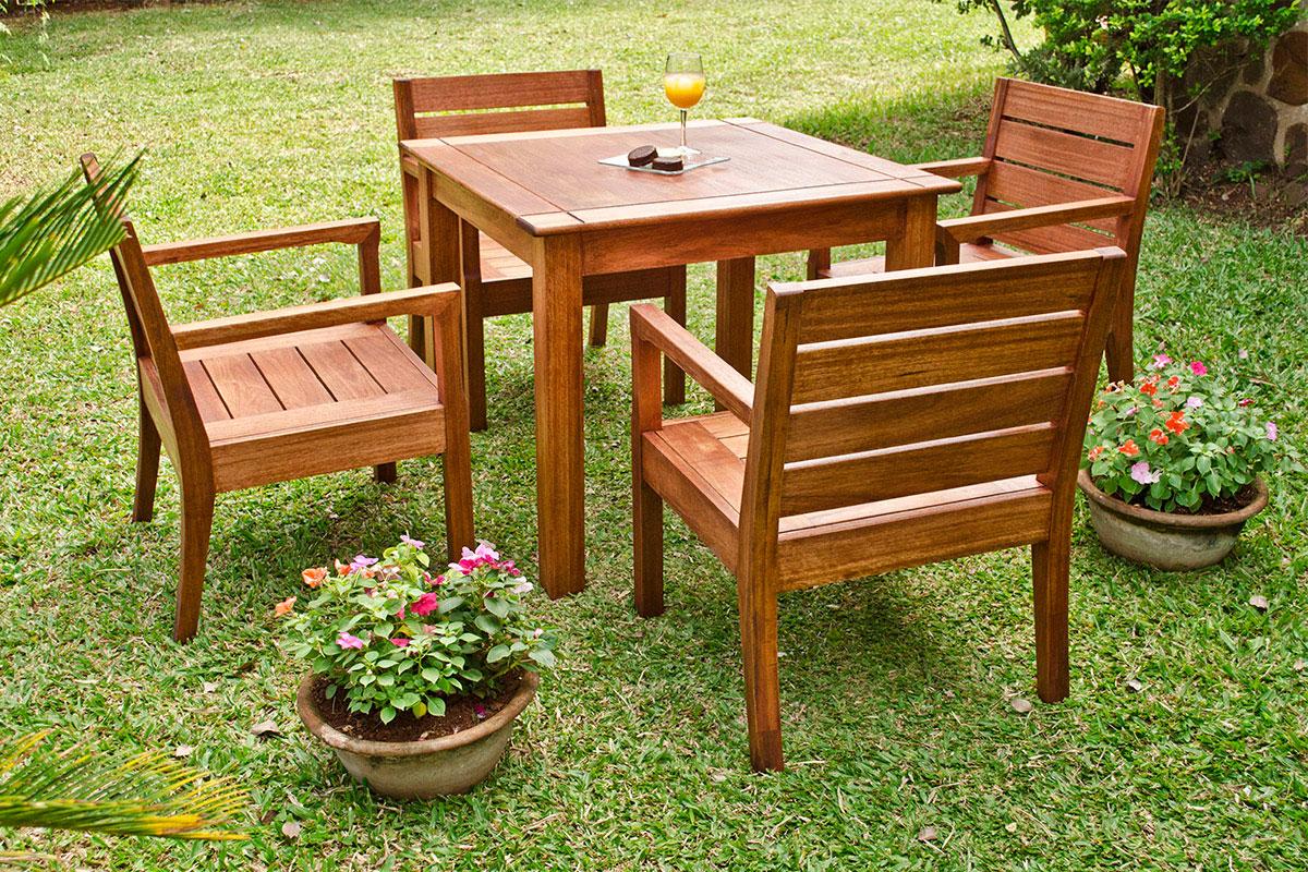 Juego varanasi araucaria for Muebles jardin pequenos